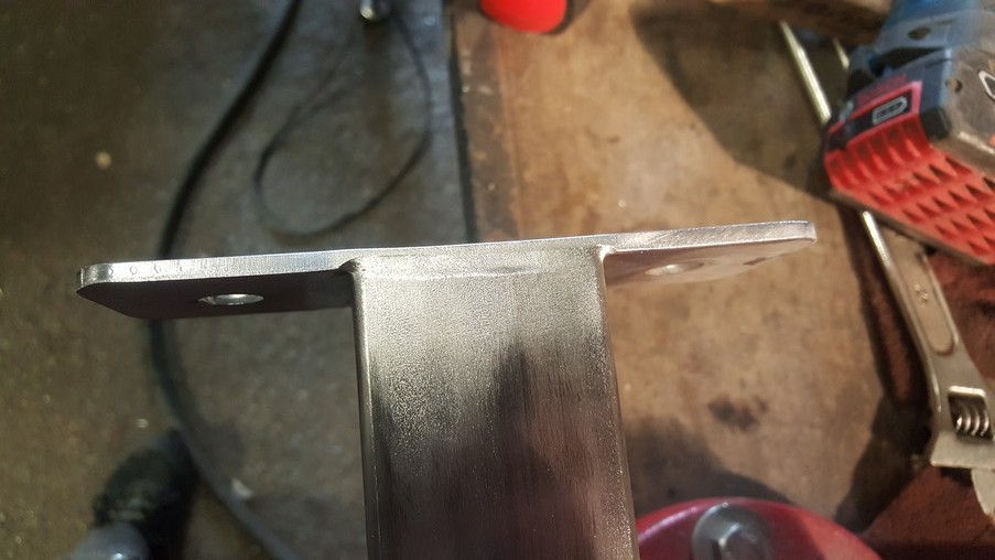 Fastening welded to the profile 50 X 50